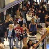 Las ventas en CABA desaceleraron su caída en enero al 1,3% anual