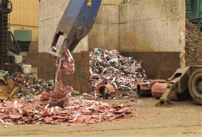 La industria española del reciclaje recuperó 20,2 millones de toneladas de residuos en 2019, un 1,8% mas