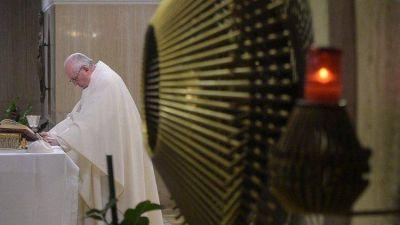 Papa Francisco: tener en el corazón a los que nos acompañan en el camino de la vida