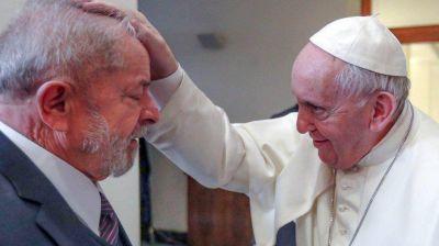 Funcionario de Bolsonaro acusó al Papa de