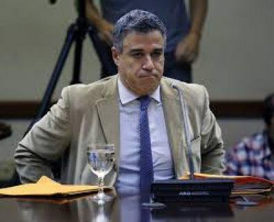 Martín Lousteau propone que el Procurador y el Defensor General dejen de ser vitalicios y tengan mandato de 6 años