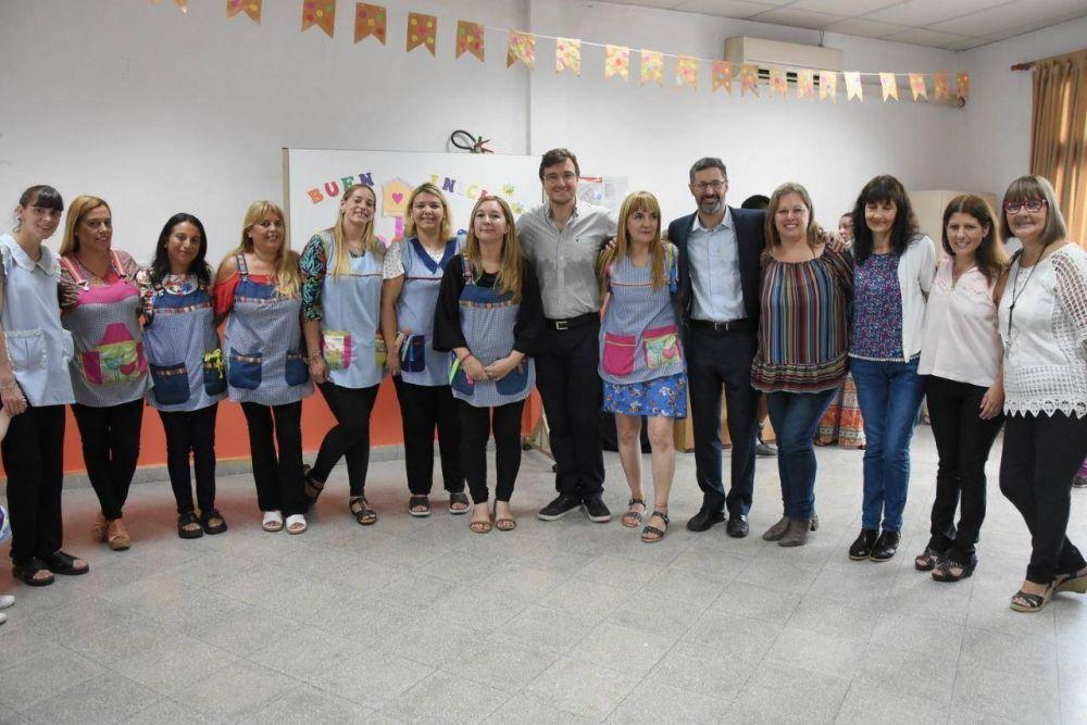 Ghi compartió el inicio de clases en el Jardín Maternal Nº 15 de Morón Sur