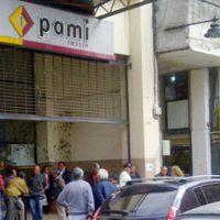Preocupación de las clínicas y sanatorios por atrasos del Pami