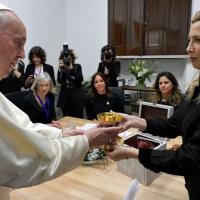El Papa decidió que vuelva al país el cáliz de la