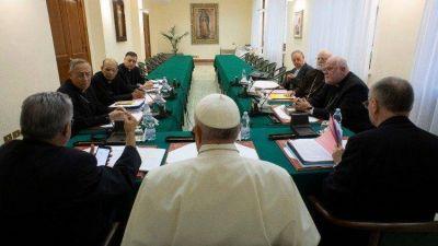 """El texto de la nueva Constitución Apostólica, """"reelaborado a la luz de las aportaciones"""""""