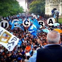 """La Plata: La Uocra se movilizó """"por la falta de obra pública en la región"""""""