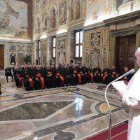 El Papa: urge amplia alianza educativa para superar fragmentaciones