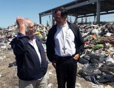 """Mons. Mestre y Pérez Esquivel llamaron a """"superar el descarte"""""""
