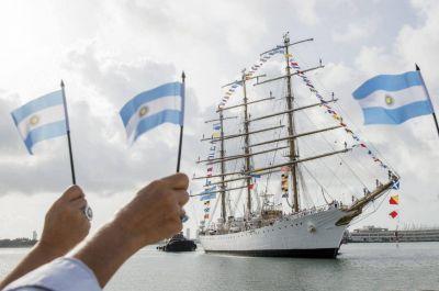 La Fragata A.R.A Libertad vuelve a Mar del Plata