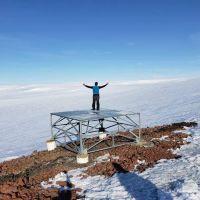 La UNAHUR instala un observatorio robótico en la AntártidaPublicado por Redacción El Cactus