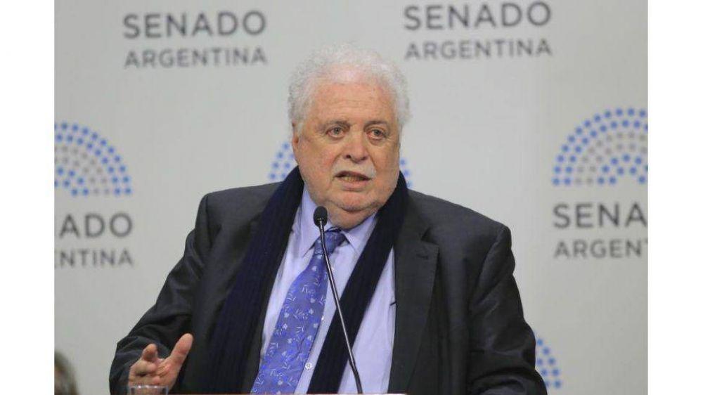 Para González García es