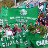 Obvio: estatales de Chubut rechazan cobrar sus sueldos en Patacones
