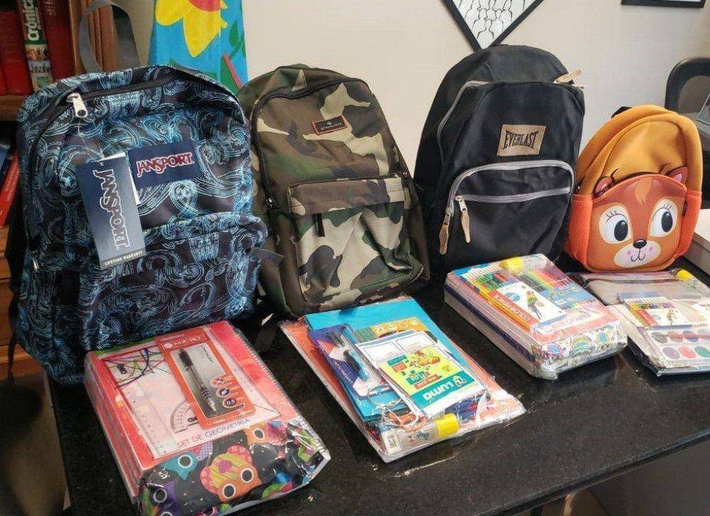 AEFIP Mercedes entrega kits escolares