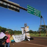 Vecinos de Tacuarita cortaron la ruta en reclamo por la falta de agua