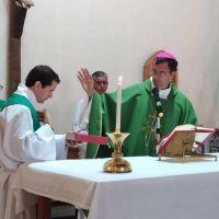 Gastón Buono, nuevo párroco de la iglesia Medalla Milagrosa
