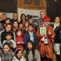 Abrazo Ciudadano entregó los 600 kits escolares solidarios