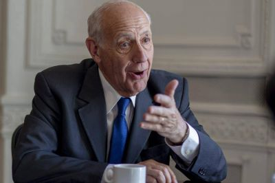 Roberto Lavagna asesora a Alberto Fernández y Martín Guzmán, pero insiste en mantenerse fuera del gabinete