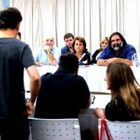"""Kicillof convocó a nueva paritaria: """"Está bien que los docentes me exijan más que a Vidal"""""""