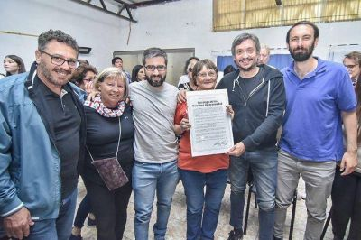 Hurlingham | Máximo Kirchner y Martín Rodríguez visitaron un Centro de Jubilados de Villa Tesei