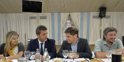 El pedido de Kicillof a Nación, con el ¿apoyo? de Máximo y Massa