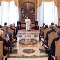Papa Francisco: La persona humana debe ser siempre defendida y protegida en su integridad