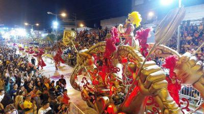 160.000 personas disfrutaron las primeras dos noches del Gran Corso Familiar de San Fernando