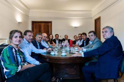 La grieta en Cambiemos se busca saldar con críticas
