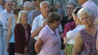 Aumento de la jubilación mínima y bono superan en 18% a la fórmula del macrismo, según Undav