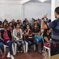 Pilar y el INTA acercaron el programa Pro Huerta a más de 100 vecinos