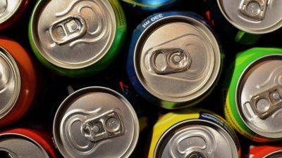 Refrescos azucarados aumentan niveles de colesterol y dañan al corazón