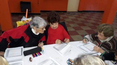 Pami dictará clases gratuitas a los afiliados que quieran terminar el primario