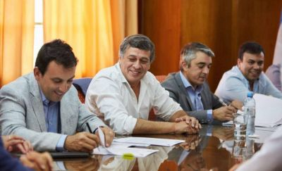 Tratamiento de residuos: Orozco e intendentes del área Metropolitana llegaron a un acuerdo