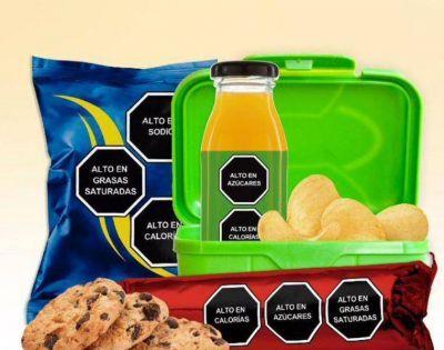 Consumo de bebidas azucaradas cae en Chile tras ley de etiquetado de alimentos
