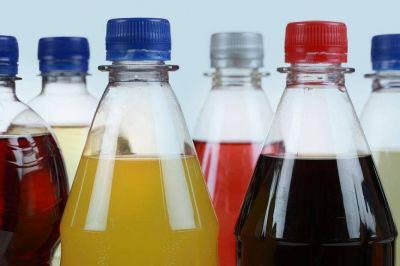 Bebidas azucaradas disparan el colesterol e impactan en el corazón, comprueba estudio