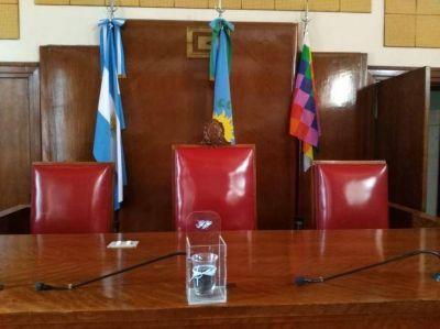 Tras las palabras del intendente, el Concejo avanza con su actividad