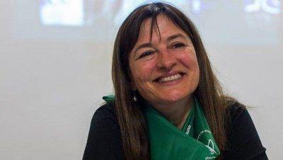 La ministra Estela Díaz celebró el anuncio del proyecto de la Legalización del Aborto
