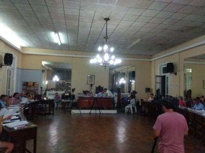 HCD: Cruces, homenajes y Banca Abierta