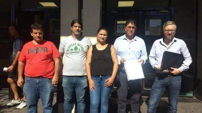 Quilmes: Trabajadora municipal fue a consultar por su puesto de trabajo y terminó esposada