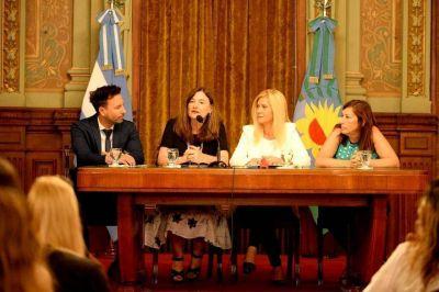 Con agenda en género, el gobierno provincial lanzó una mesa articulada entre los tres poderes del Estado