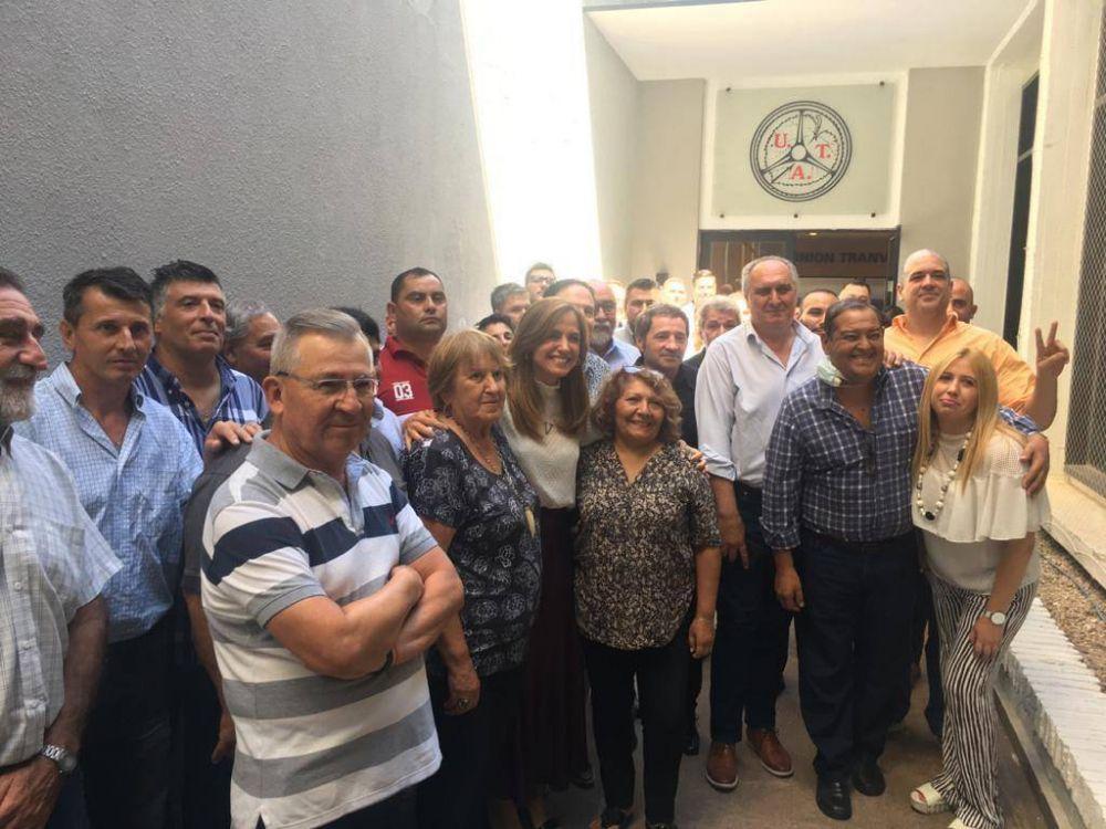 Referentes de las 62 organizaciones se mostraron juntos y con Victoria Tolosa Paz