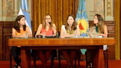 Otorgarán licencias por violencia de género para trabajadoras del Estado