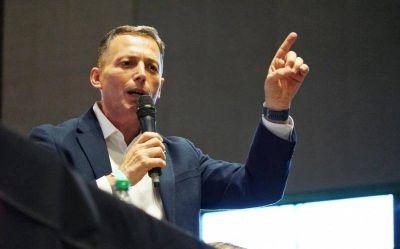 """Gray respondió a la agresión de Macri al peronismo: """"Él fue peor que las diez plagas de Egipto"""""""
