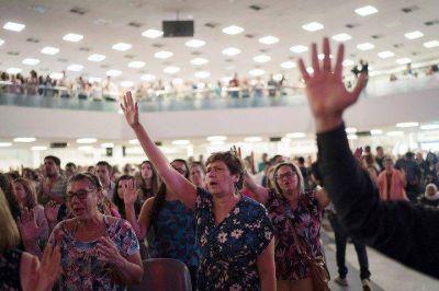 Evangélicos en Brasil: un fenómeno imparable que suma vínculos con el poder y transforma la política y la cultura