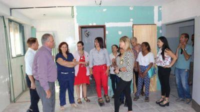 Fassi supervisó los avances de la obra del nuevo centro de diálisis