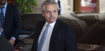 El Gobierno tricéfalo, el acoso a las provincias opositoras y la vuelta de Macri