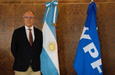 Pese a la brutal caída del precio del petróleo, en Argentina no bajarán los combustibles