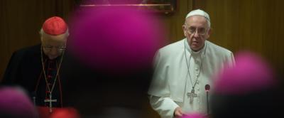 Francisco en camino de desentralización, servicio y conversión del papado