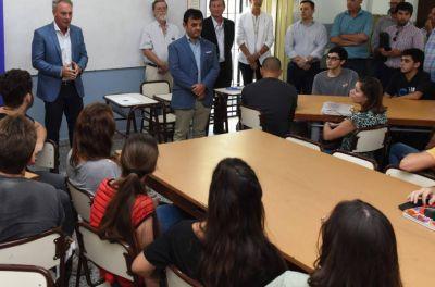 Funciona una nueva carrera universitaria en Crespo