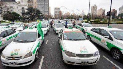 La ficha de taxis podría aumentar un 31%