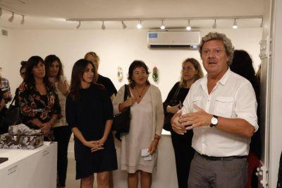 APOC homenajeó a las mujeres con una muestra artística